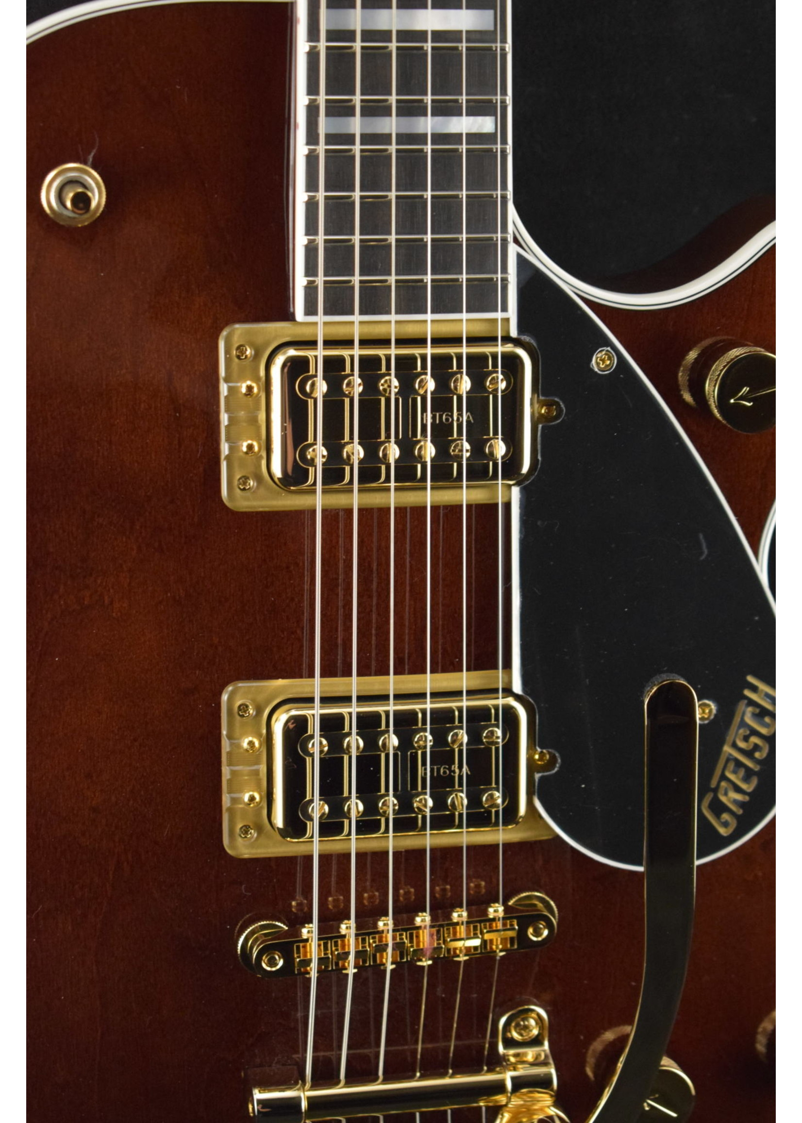 Gretsch Gretsch G6228TG Players Edition Jet™ BT with Bigsby and Gold Hardware Walnut Stain