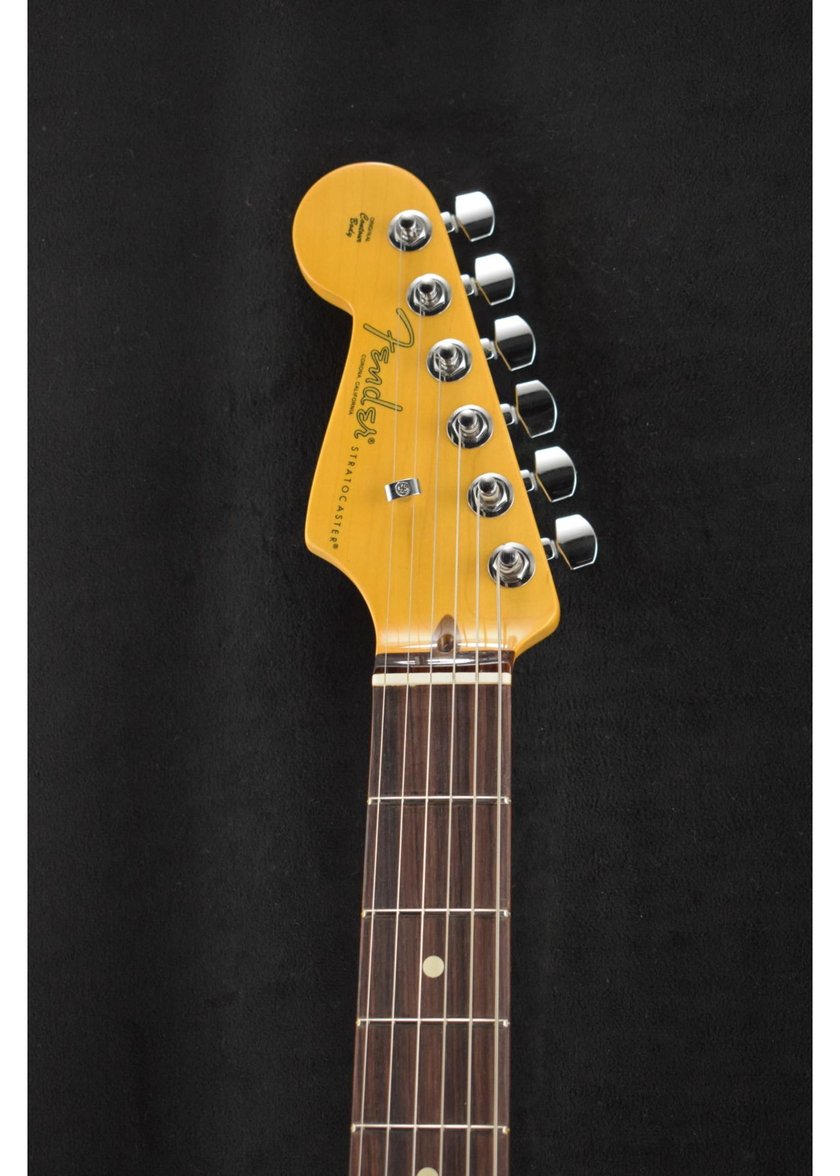 Fender Fender American Professional II Stratocaster® Left-Hand Miami Blue RW