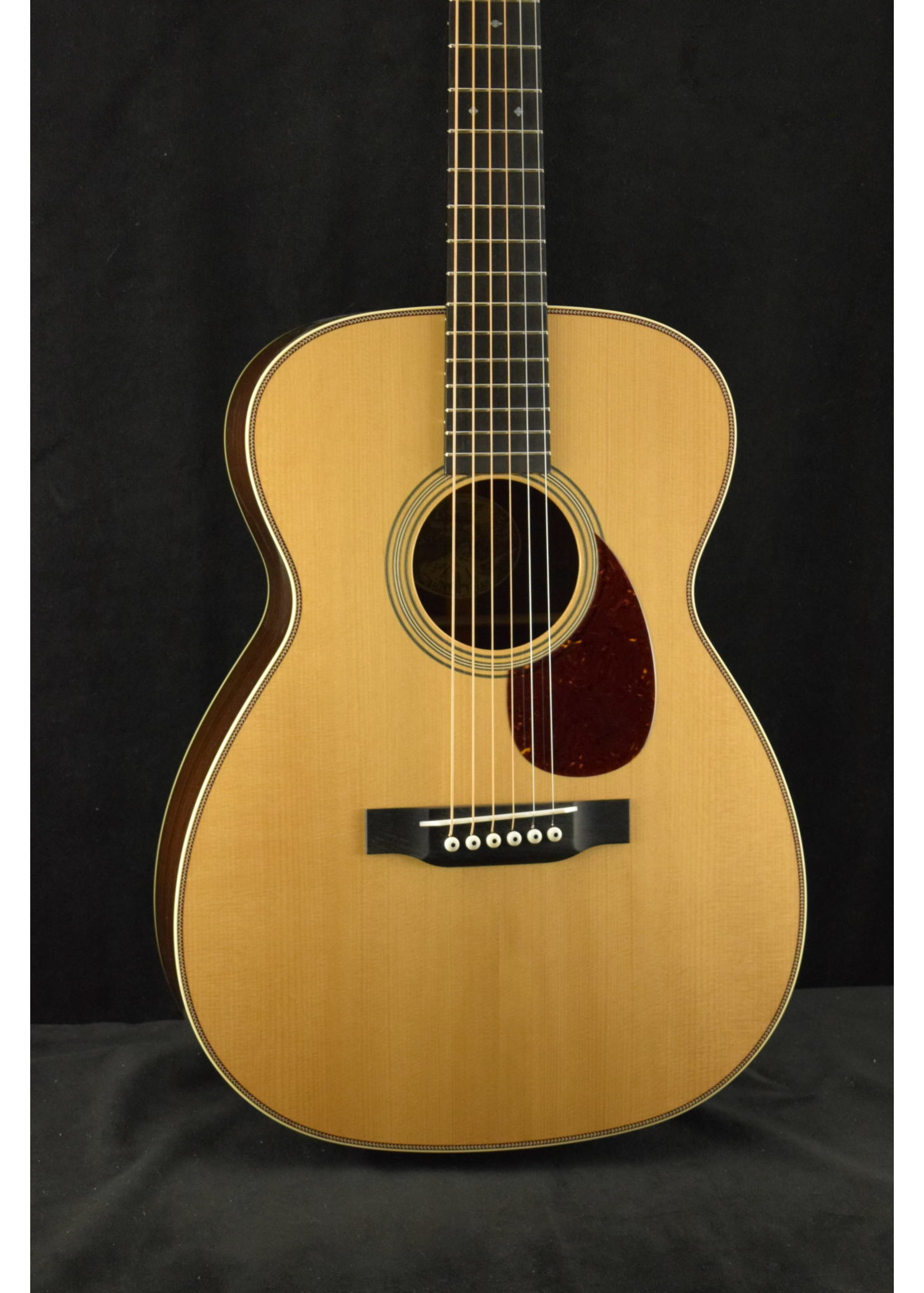 Collings Collings 002H 14-Fret T Traditional Package Baked Adirondack Spruce Top