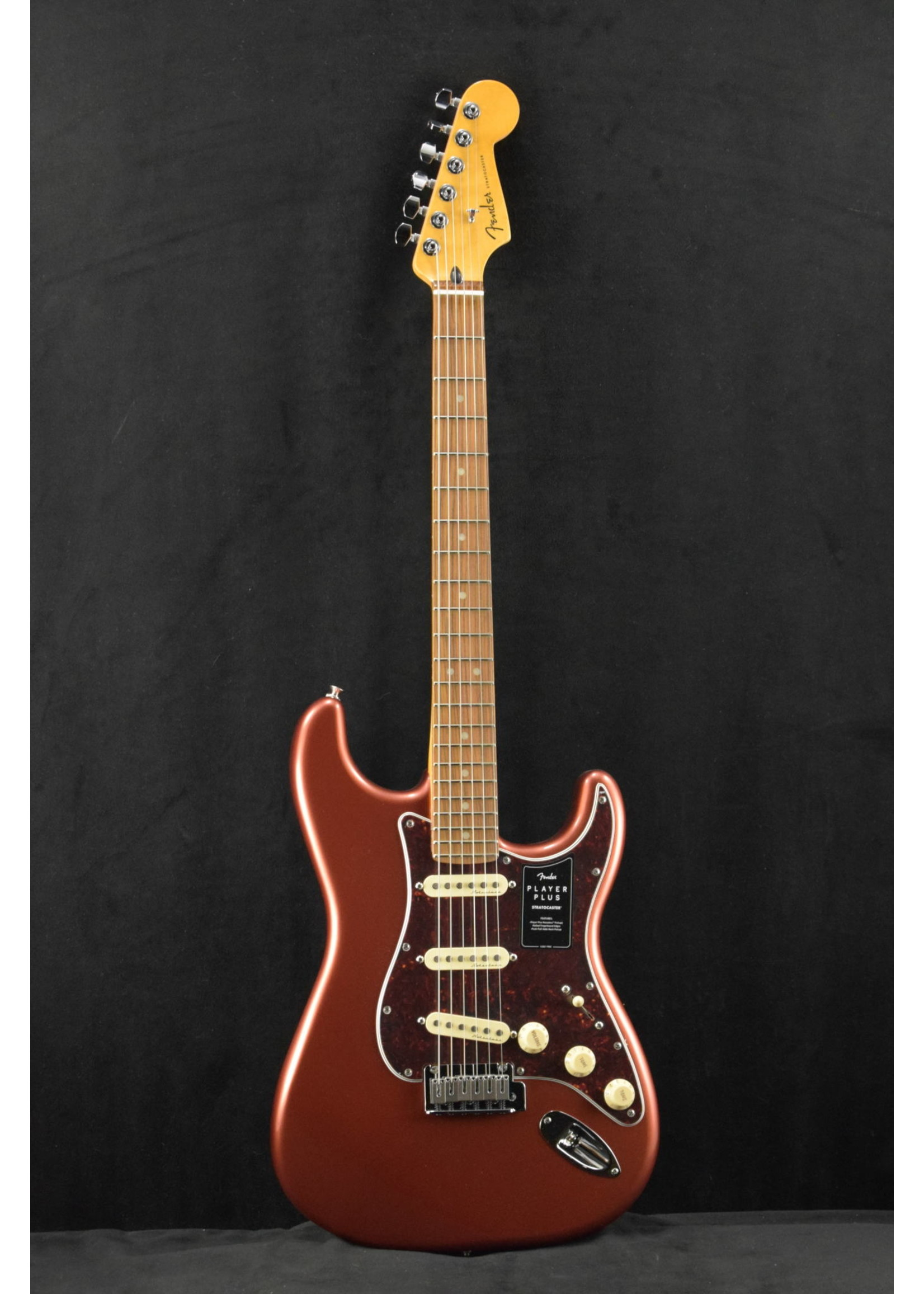 Fender Fender Player Plus Stratocaster Aged Candy Apple Red
