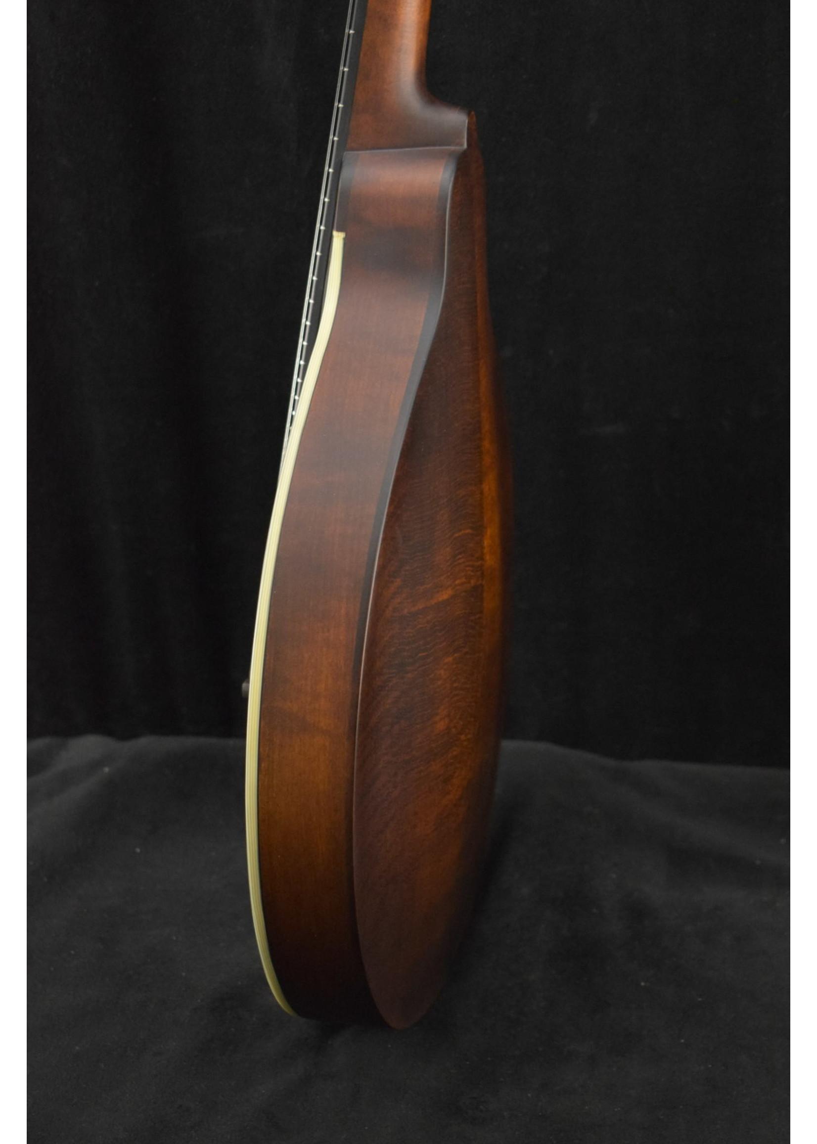 Eastman Eastman MD304 A-Style Oval-Hole Mandolin Classic Finish