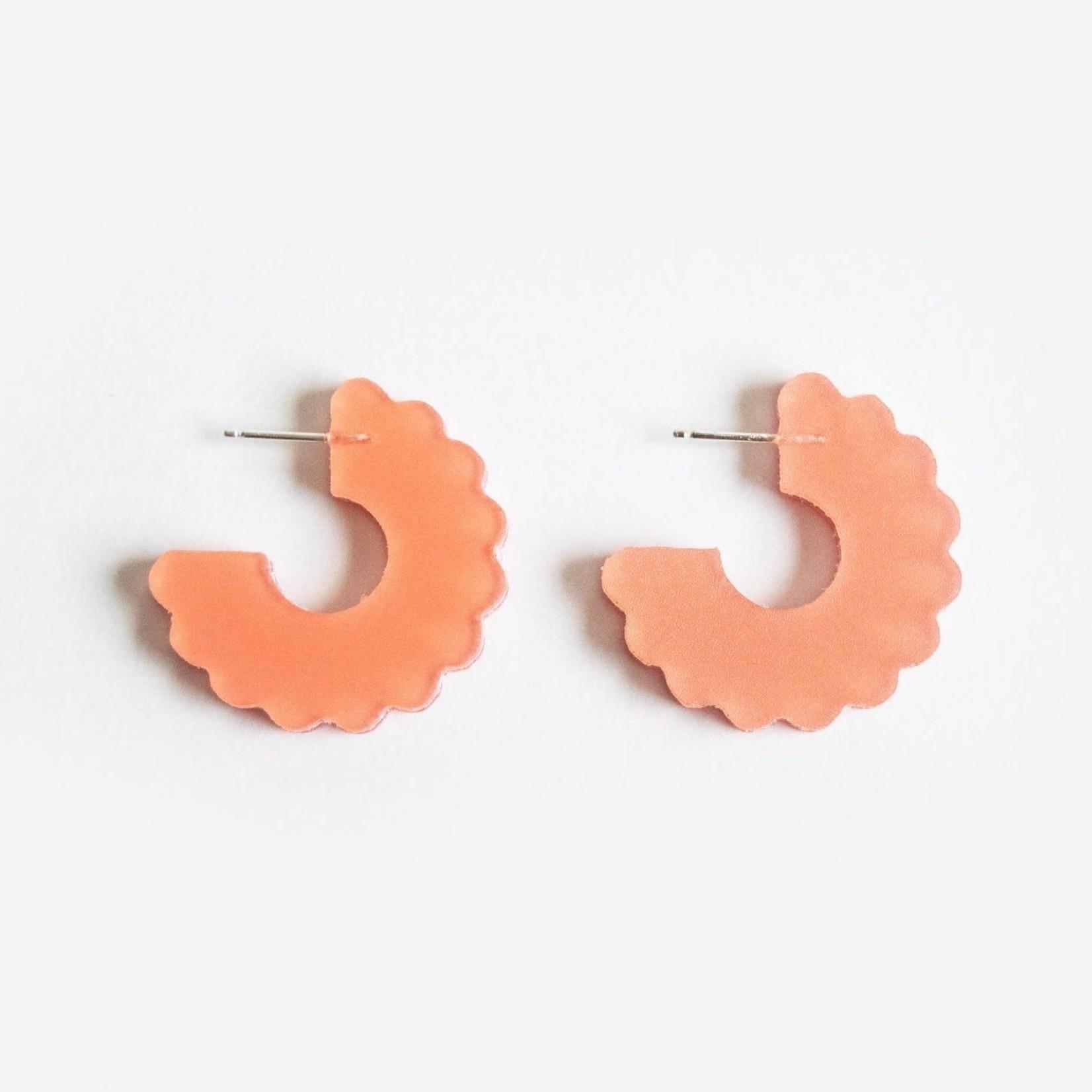Dconstruct Small Scallop Hoop Peach