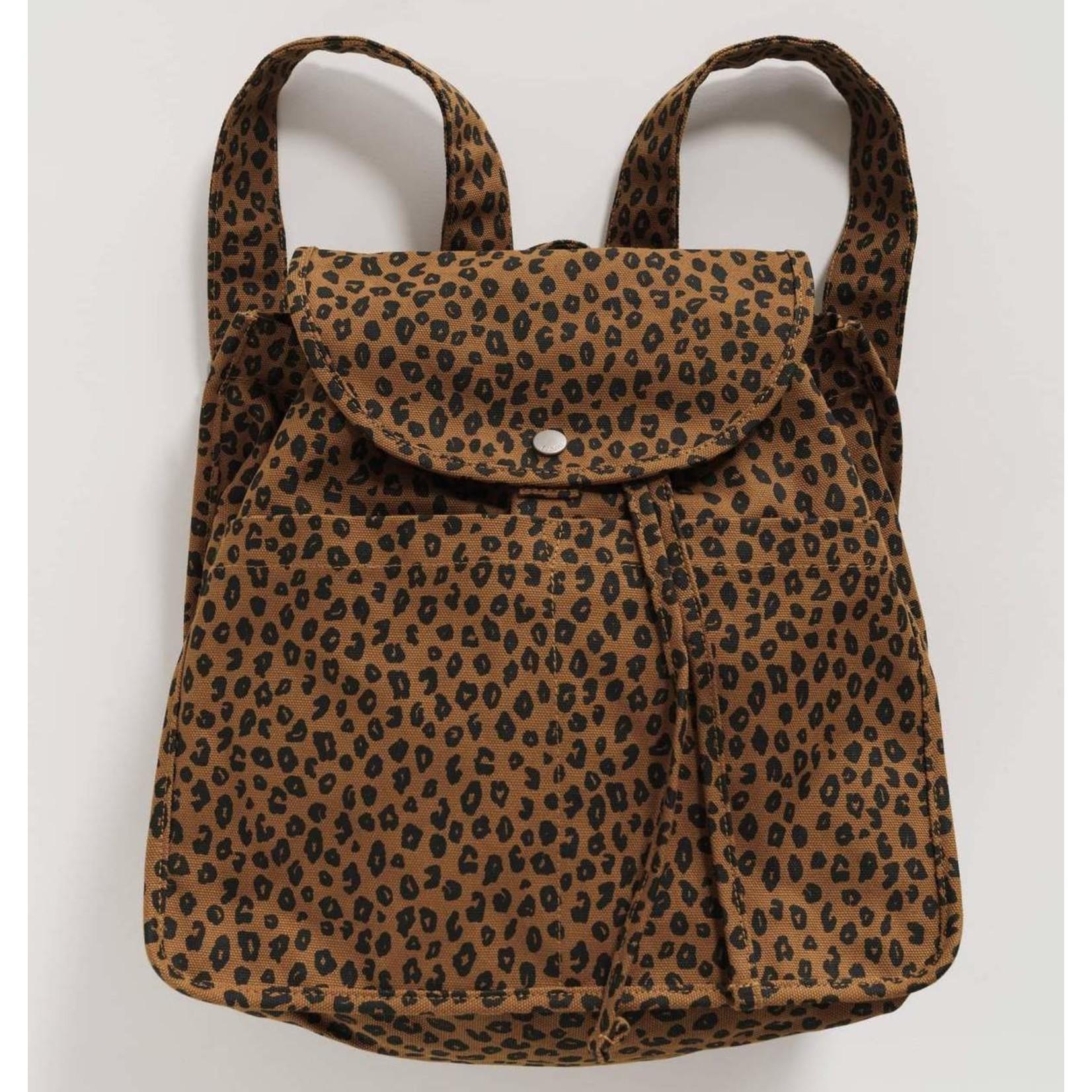 Baggu Drawstring Backpack Nutmeg Leopard
