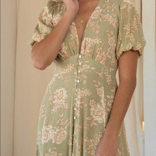 Kivari Kivari Lani Floral Maxi Dress