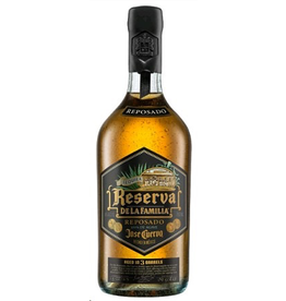 Tequila Jose Cuervo Tequila Reposado Reserva de la Familia 750ml