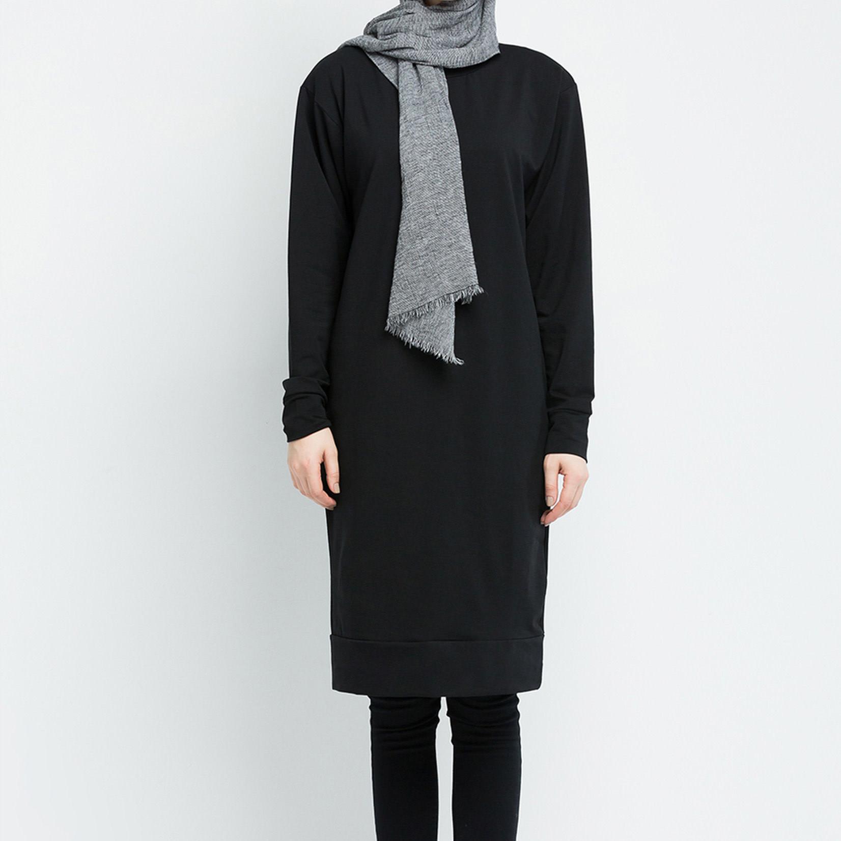 Hijab House Black Longline Knit