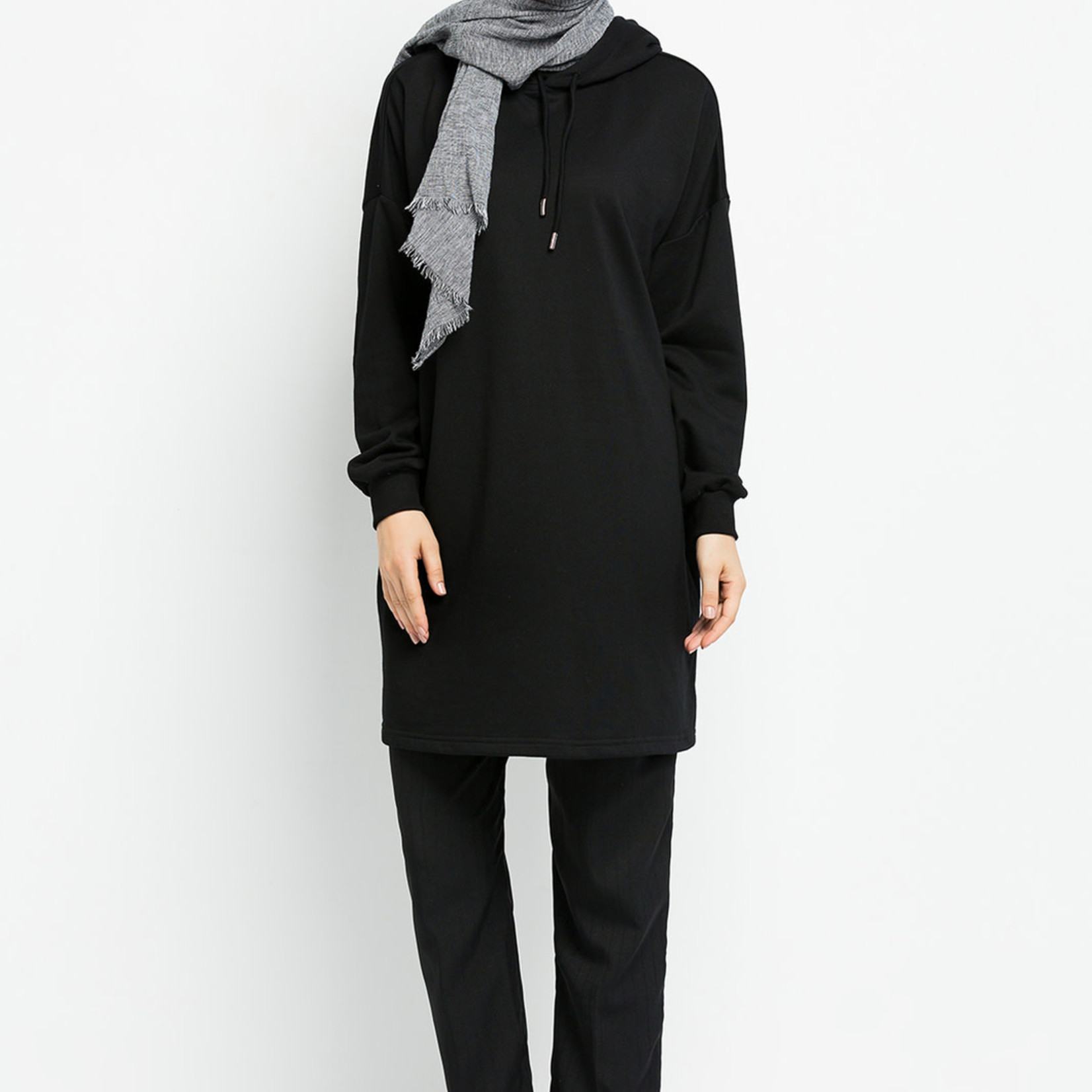 Hijab House Black Oversized Jumper