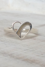 Dune Jewelry Traveling Heart Silver Ring - Crescent Beach - Size 6