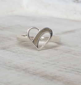 Dune Jewelry Traveling Heart Silver Ring - Crescent Beach - Size 9