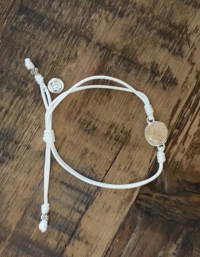 Dune Jewelry Touch the World White Cord Bracelet - Shells from Florida