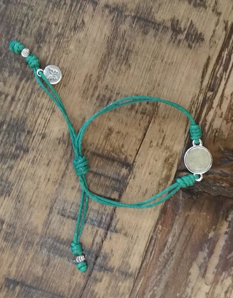 Dune Jewelry Touch the World Green String Bracelet - Crescent Beach