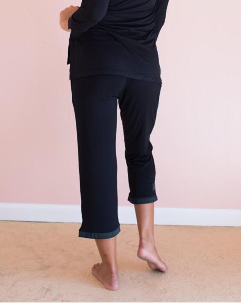 Black Bamboo Capri Pants - Small