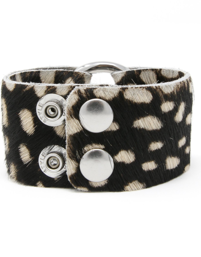 Spotted In White Leather Cuff