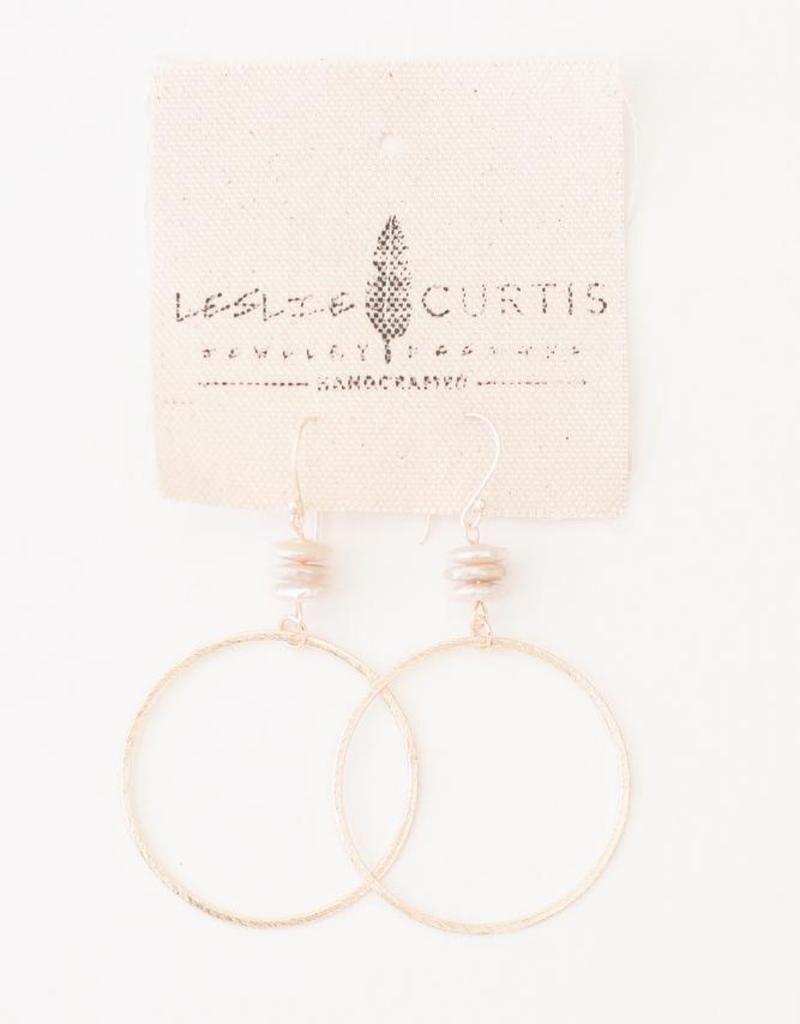 "Leslie Curtis La Jolla Stacked Coin Pearls & Gold Brushed Hoop Earrings - 2"""