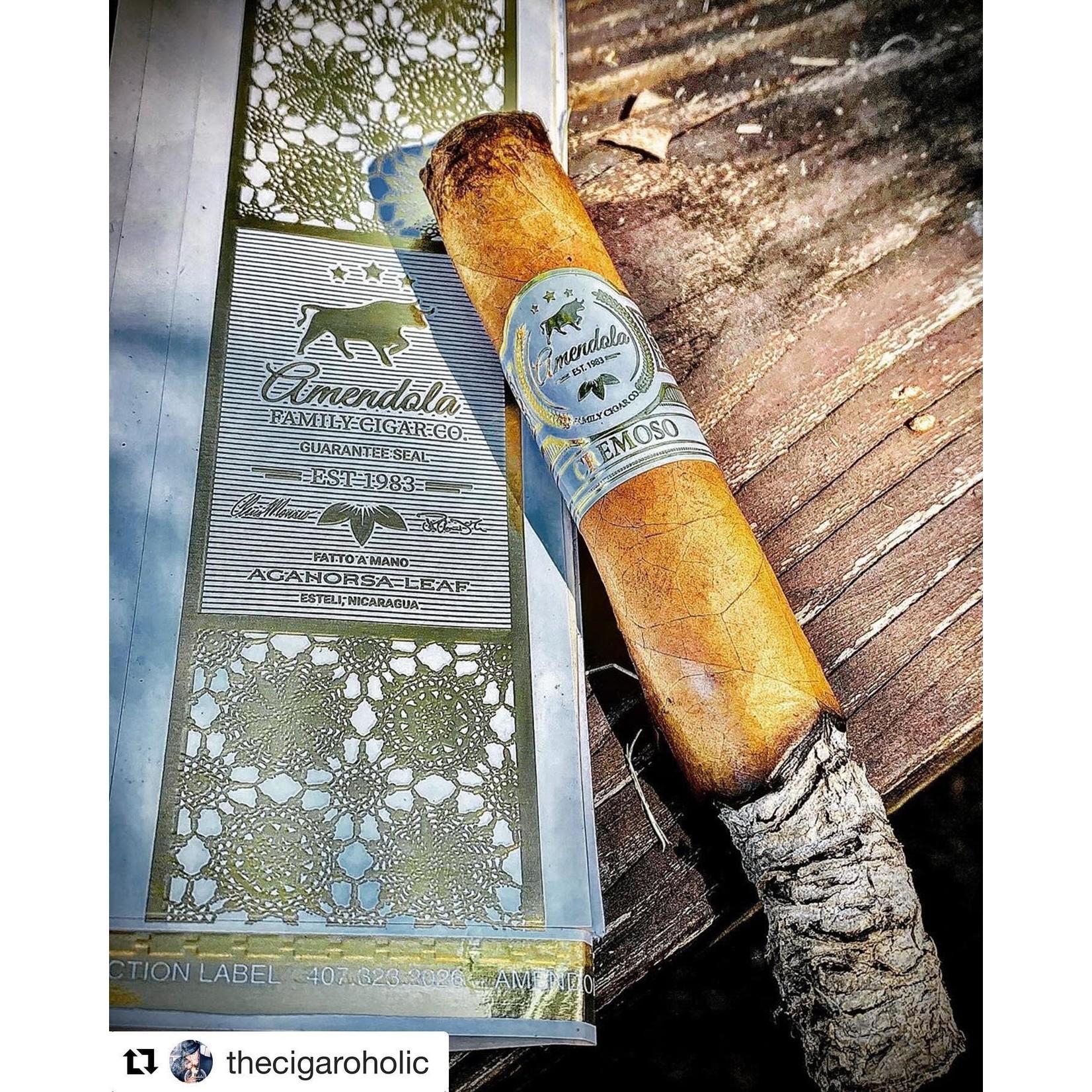 Amendola Family Cigars Cremoso