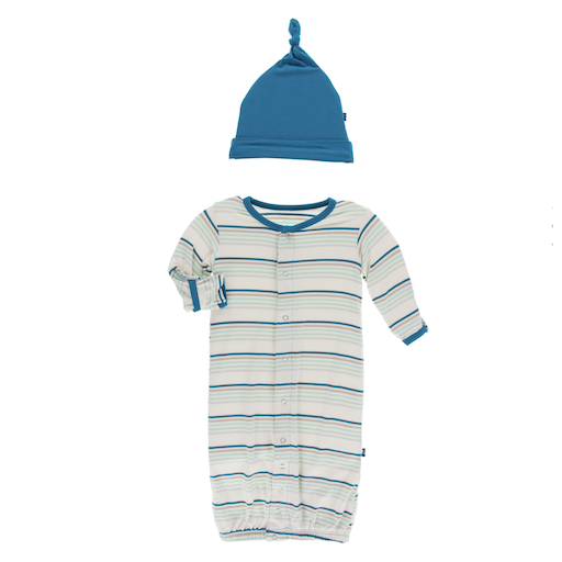 KICKEE PANTS PRINT LAYETTE GOWN CONVERTER & SINGLE KNOT HAT SET IN CULINARY ARTS STRIPE