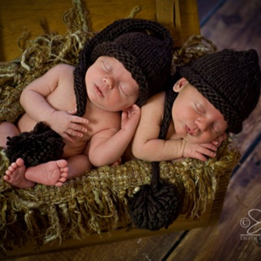 THE DAISY BABY CHOCOLATE BROWN NEWBORN TAIL HAT 0-6