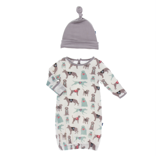 KICKEE PANTS PRINT GOWN & SINGLE KNOT HAT SET IN NATURAL CANINE FIRST RESPONDERS