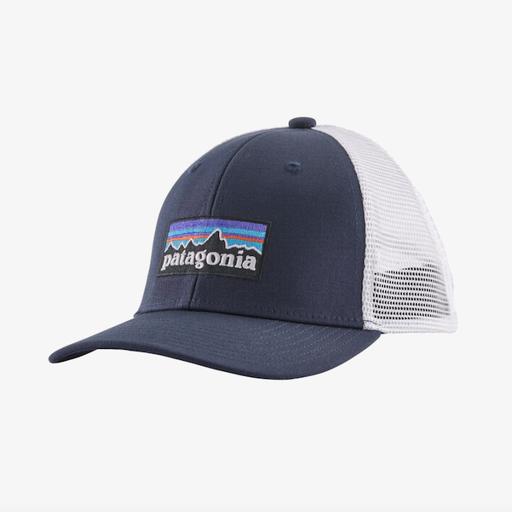 PATAGONIA KIDS' P-6 LOGO TRUCKER HAT IN NAVY BLUE