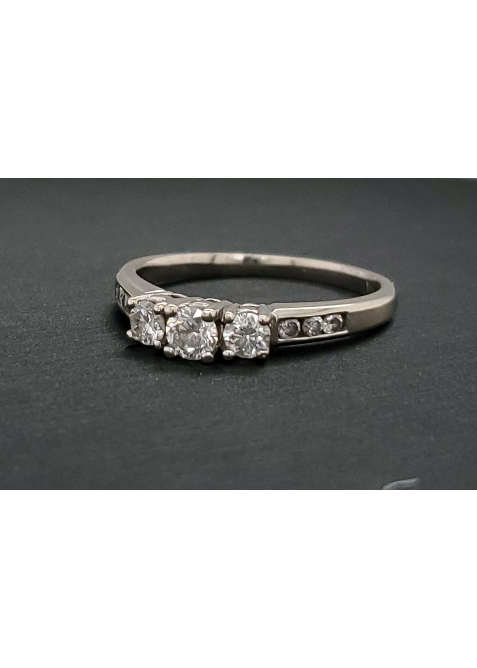 Vintage Jewellery Vintage Trinity Ring   Sz 6.75