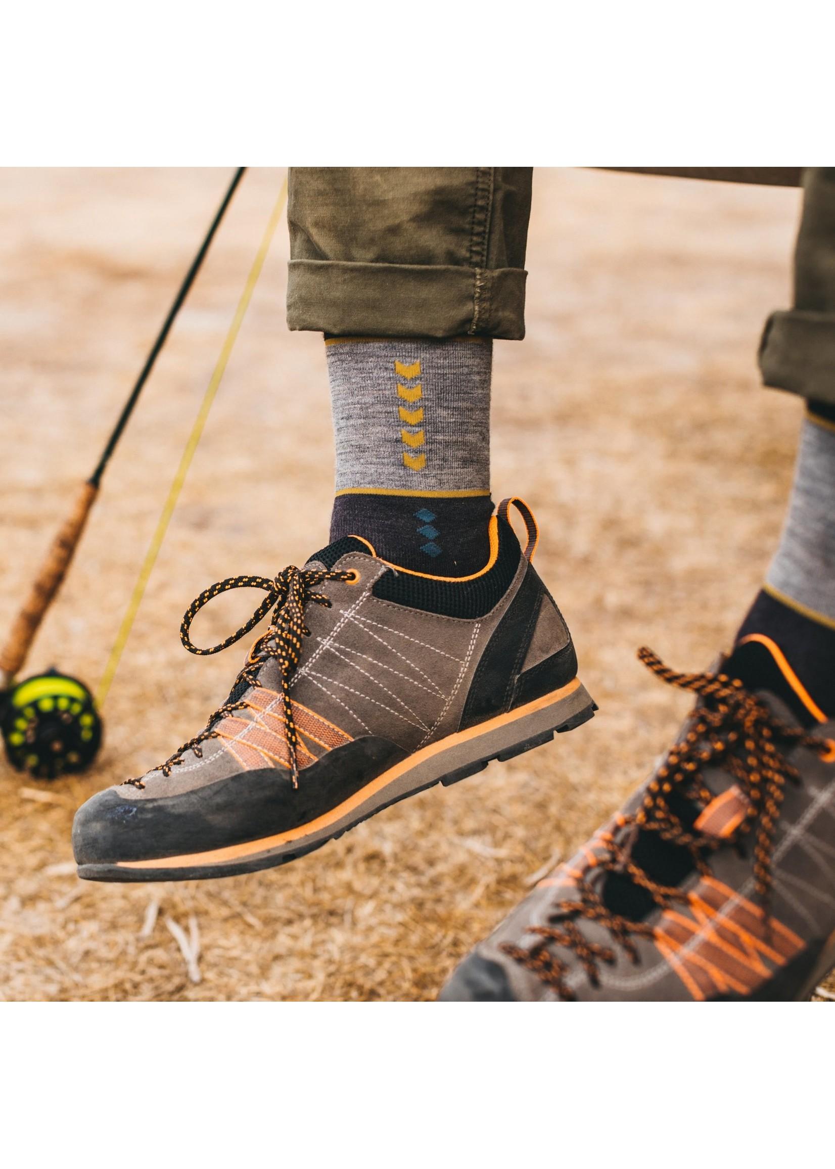 Darn Tough Men's Retro Crew Lightweight Lifestyle Socks