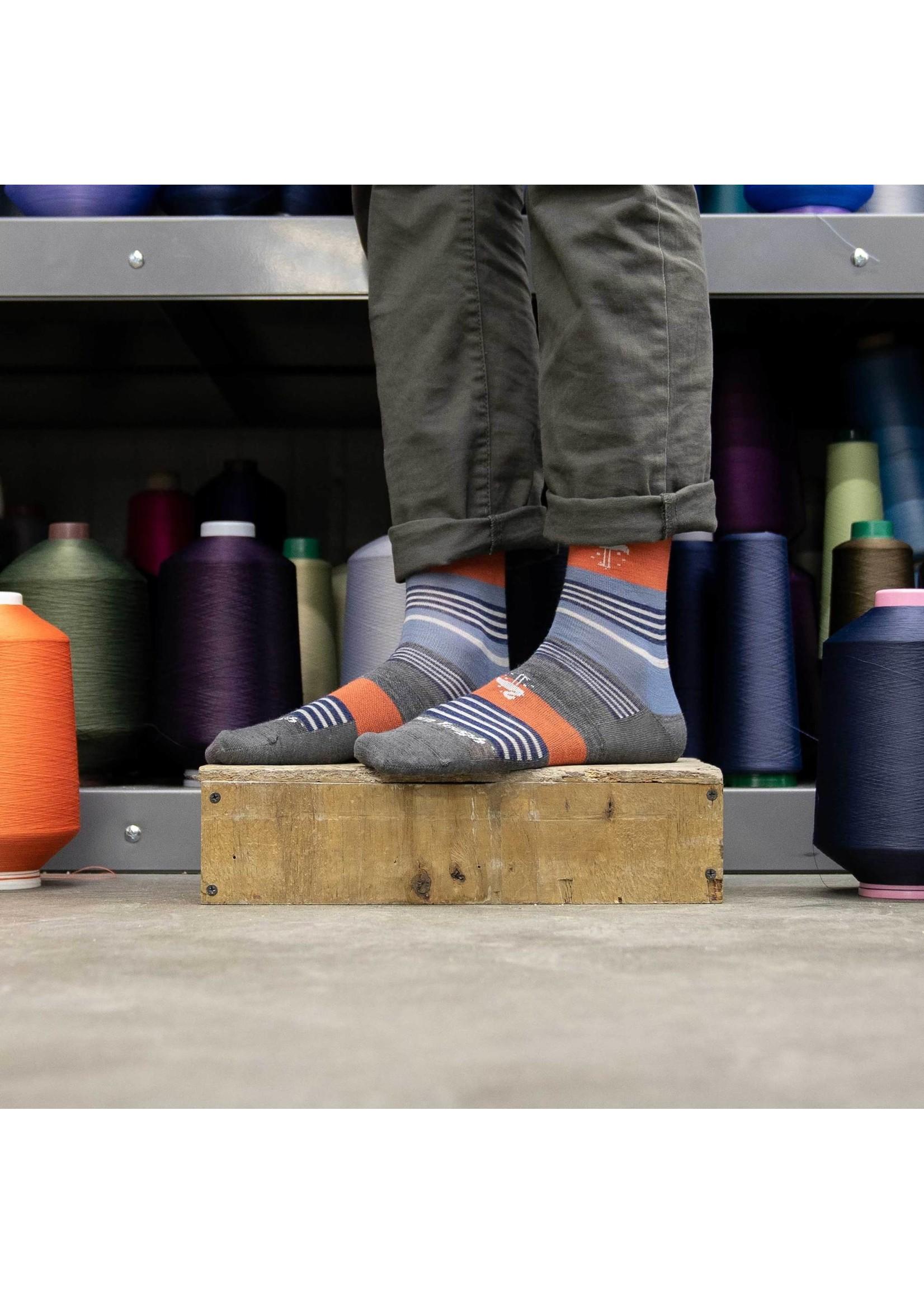 Darn Tough Men's South Beach Crew Lightweight Lifestyle Sock