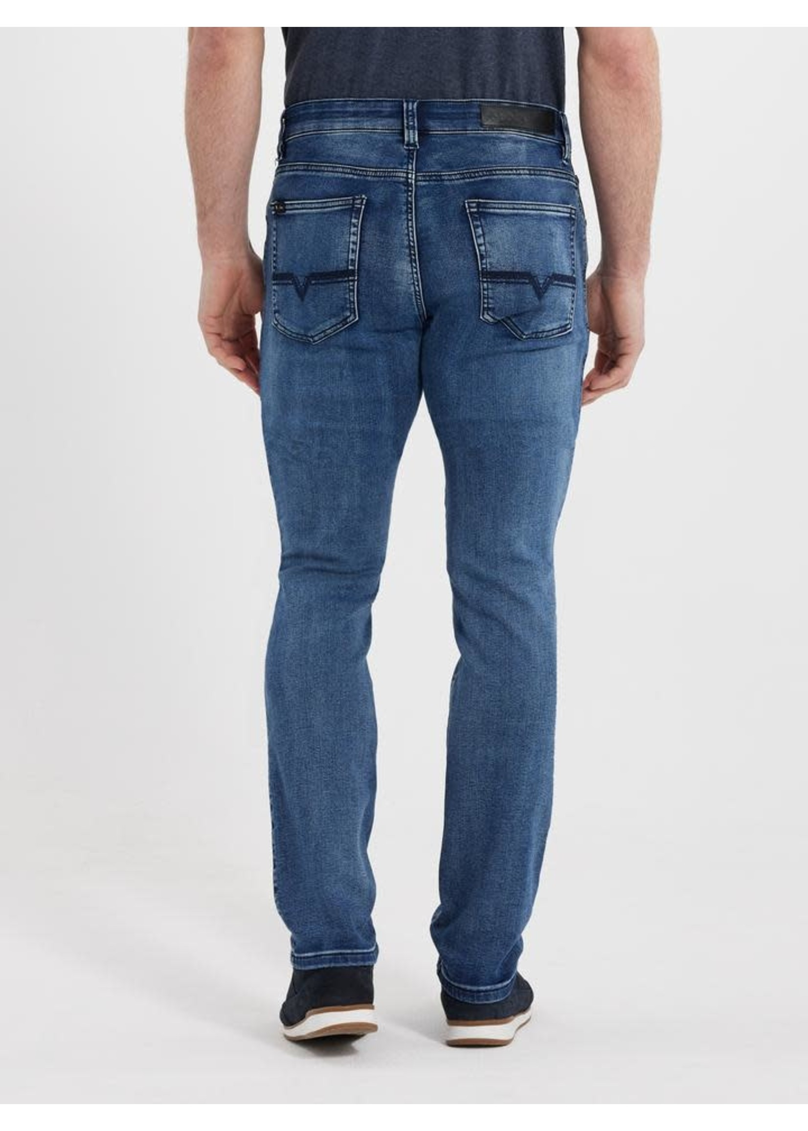 """Lois Jeans Canada The """"Peter Slim 6500"""" by Lois Jeans"""