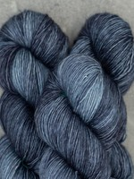 Mad Tosh Madelinetosh Vintage Yarn Dr. Zhivago's Sky