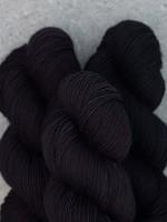 Mad Tosh Madelinetosh Vintage Yarn Onyx