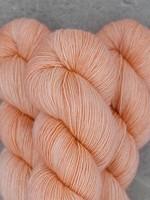 Mad Tosh Madelinetosh Vintage Yarn Pink Clay