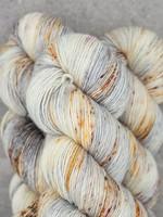 Mad Tosh Madelinetosh Vintage Yarn Silver Lining