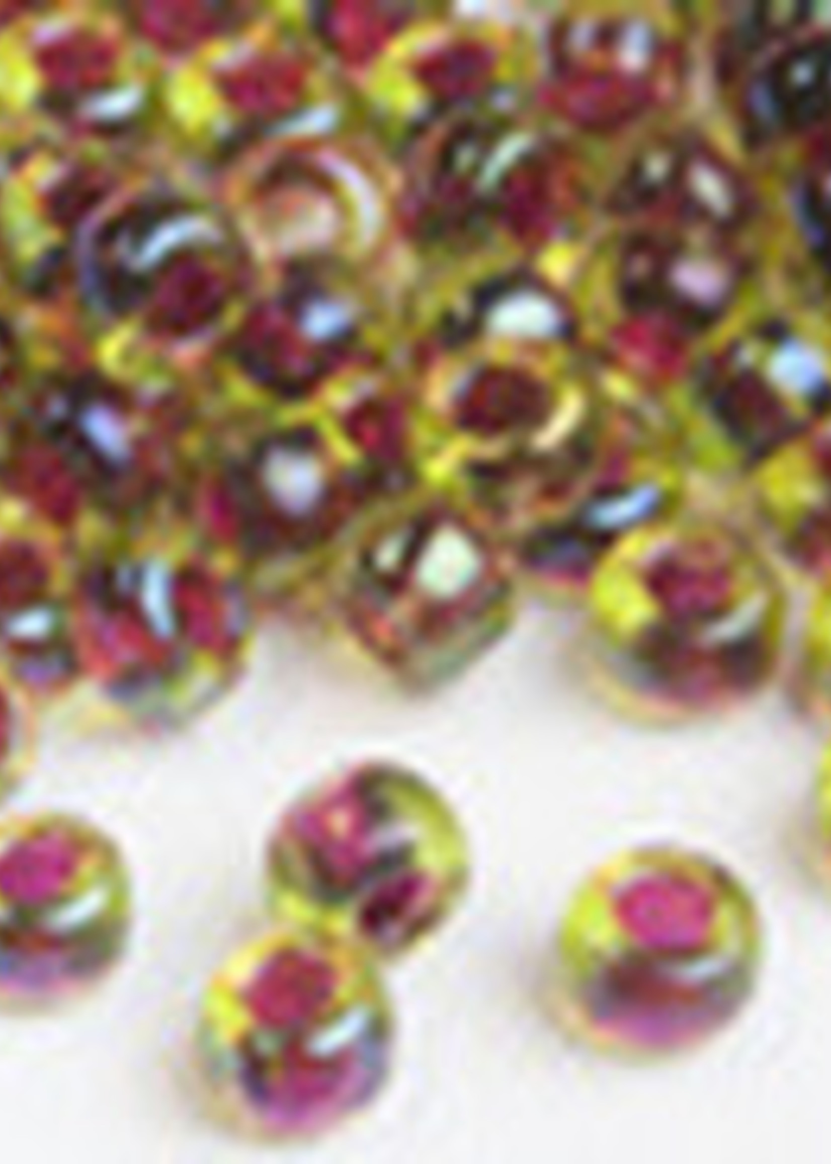 Miyuki Beads Miyuki Bead 6/0 - 336 Cranberrylined Peridot AB