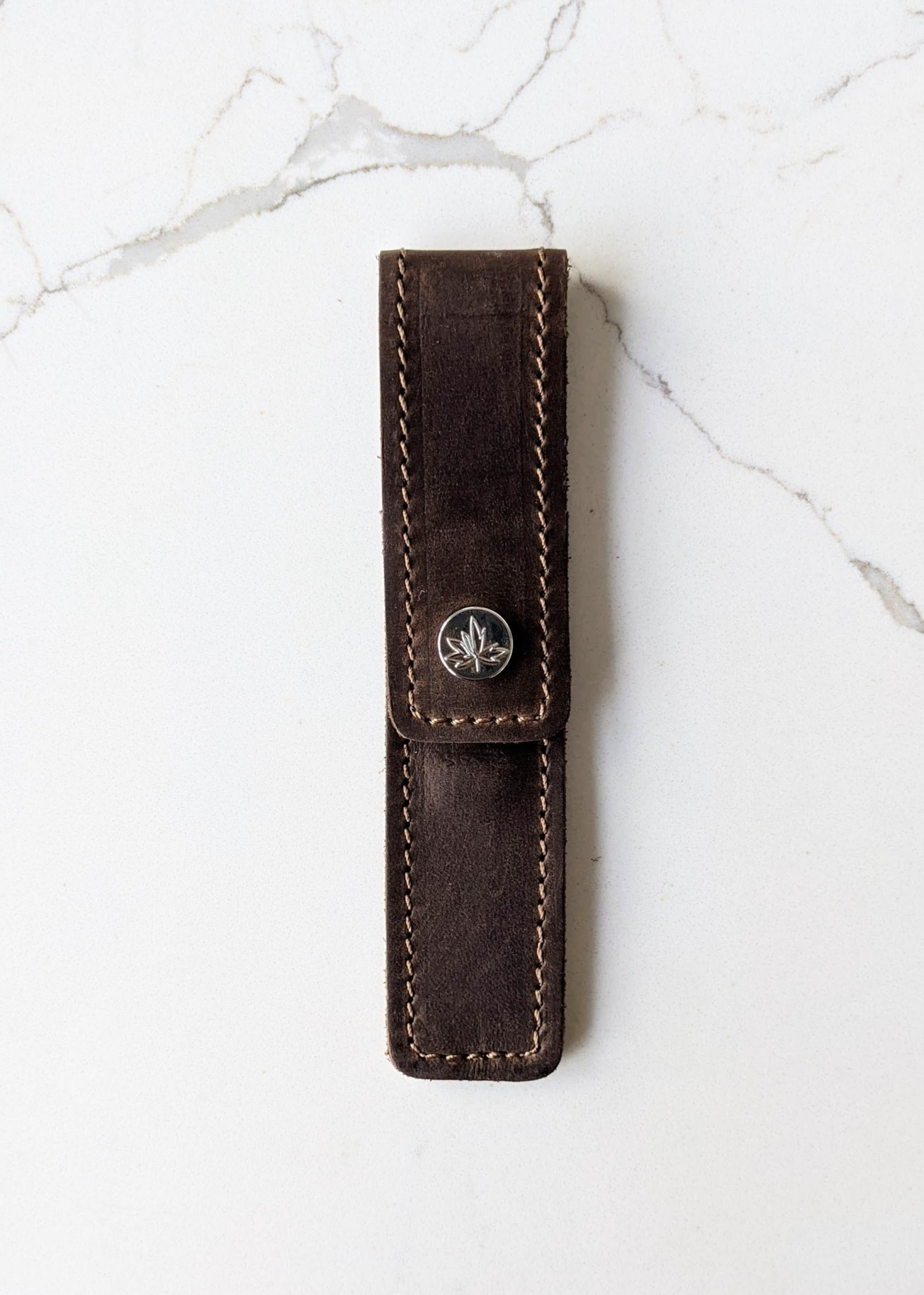 Thread and Maple Thread and Maple Leather Cable Needle Pouch - Chocolate