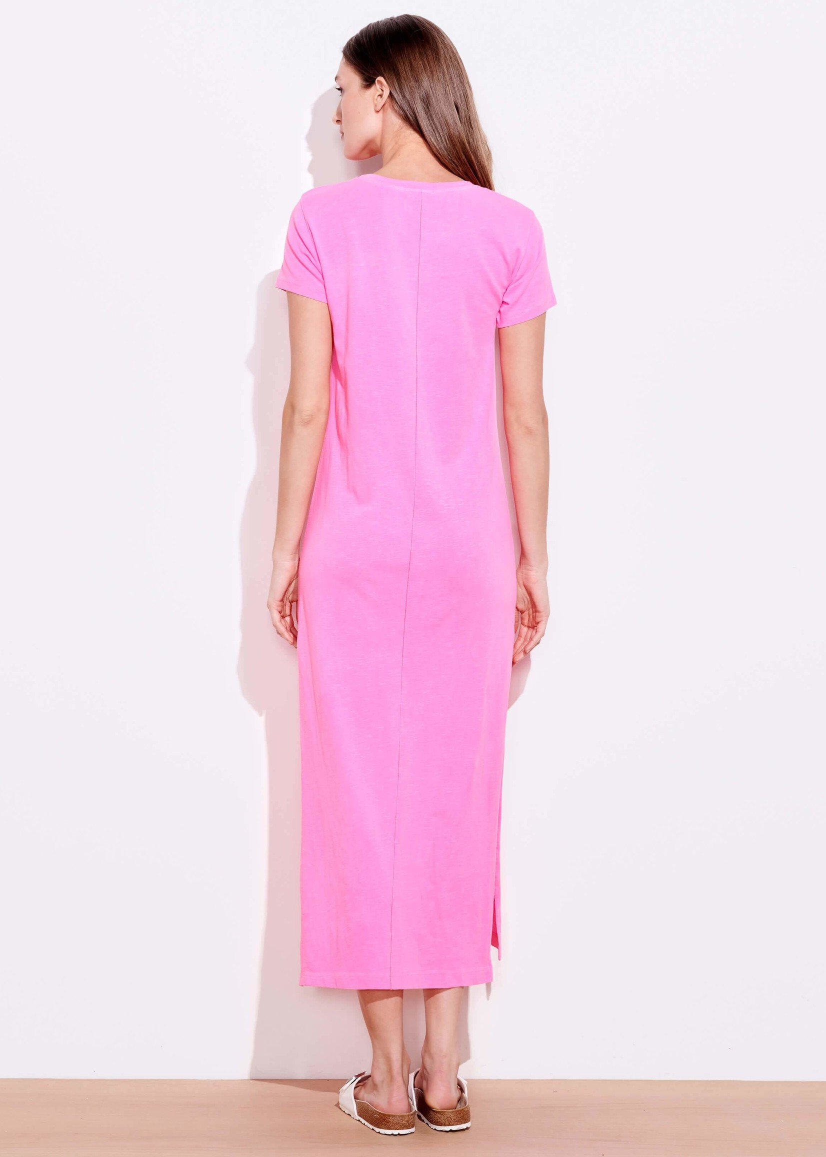 SUNDRY MAXI W/ SLIT IN NEON PINK
