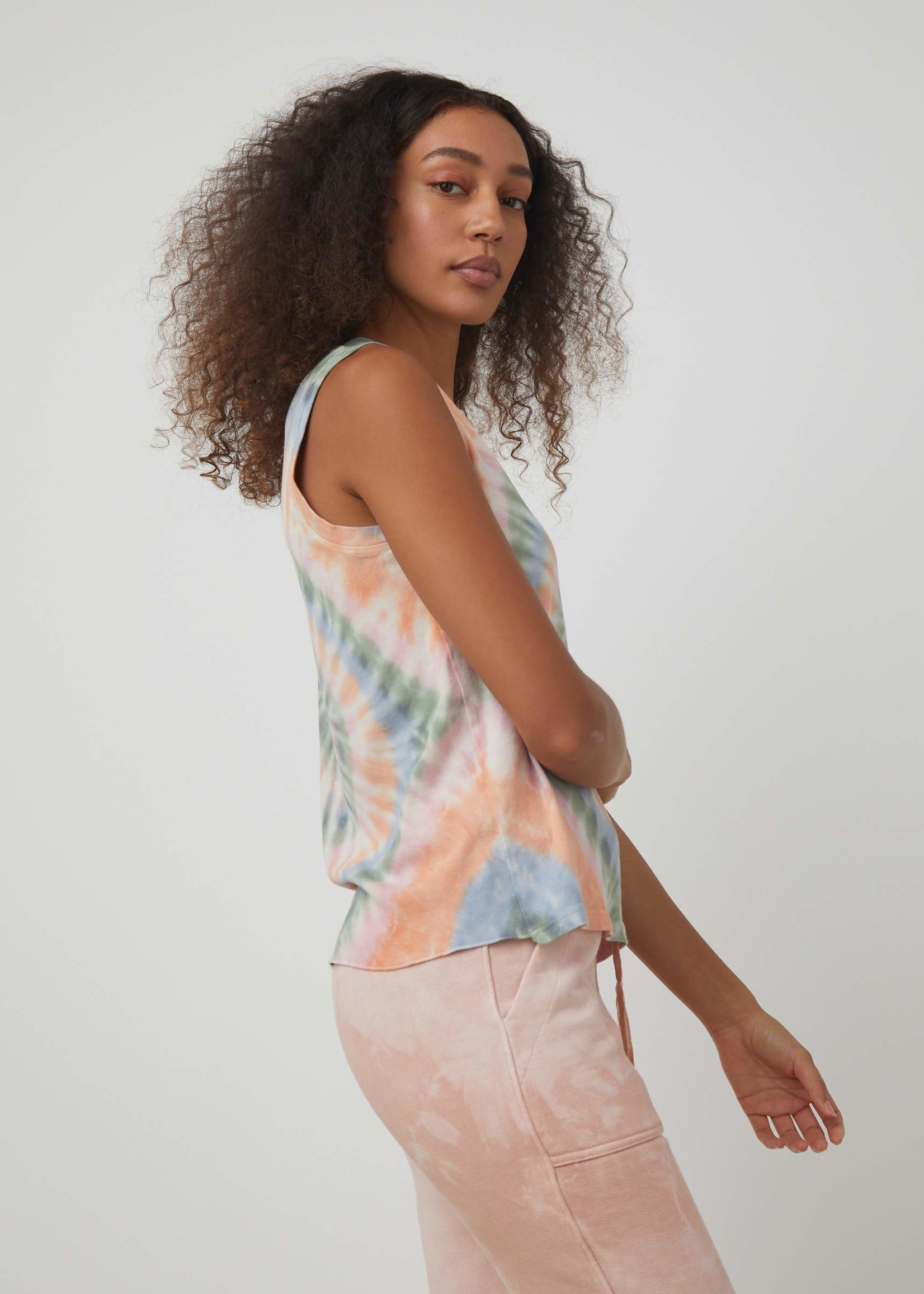 RAQUEL ALLEGRA FITTED MUSCLE TANK