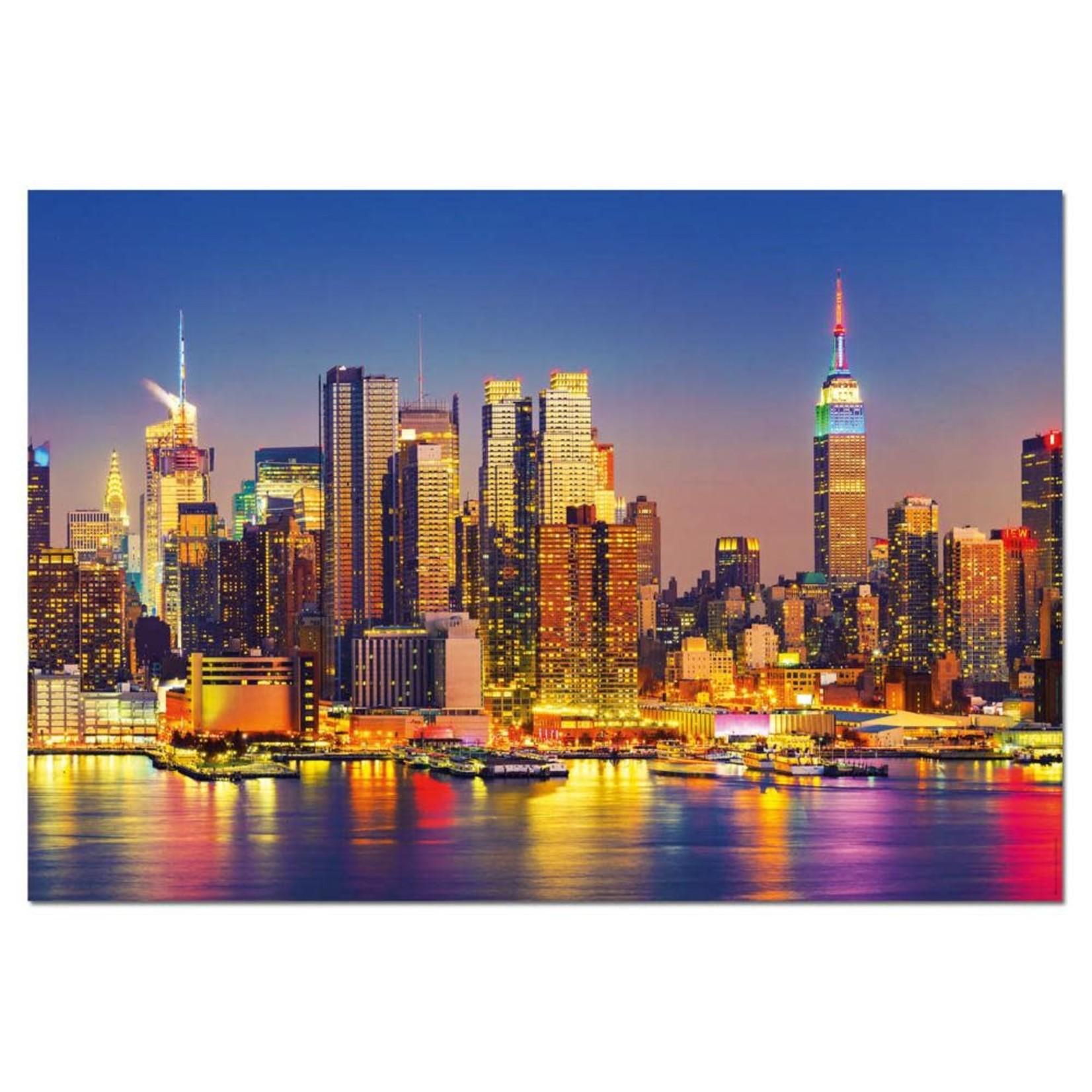 Educa Manhattan by night