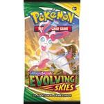 Pokemon Pokemon Evolving Skies Booster