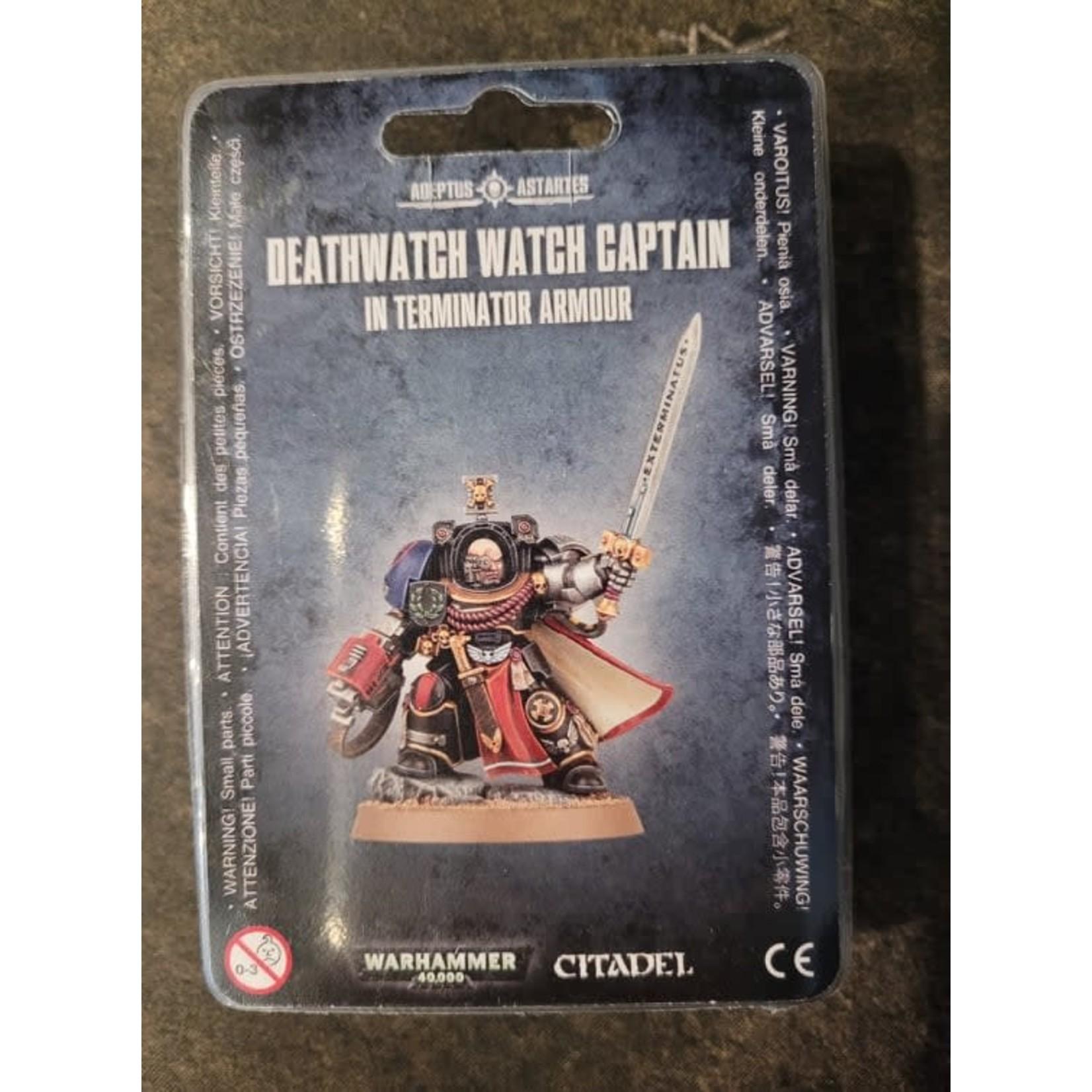 Warhammer 40K Deathwatch watch captain in terminator armour