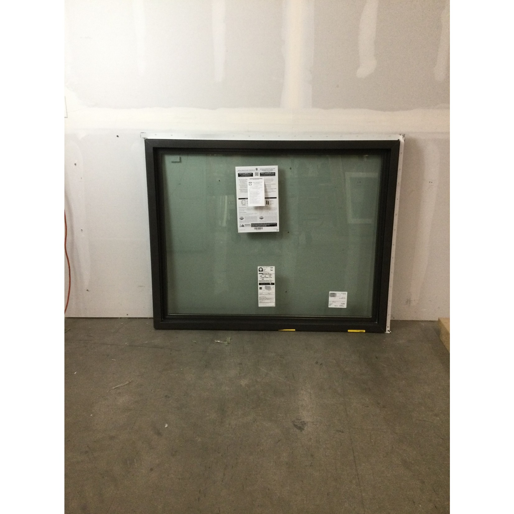 10562 Pella Impervia Window