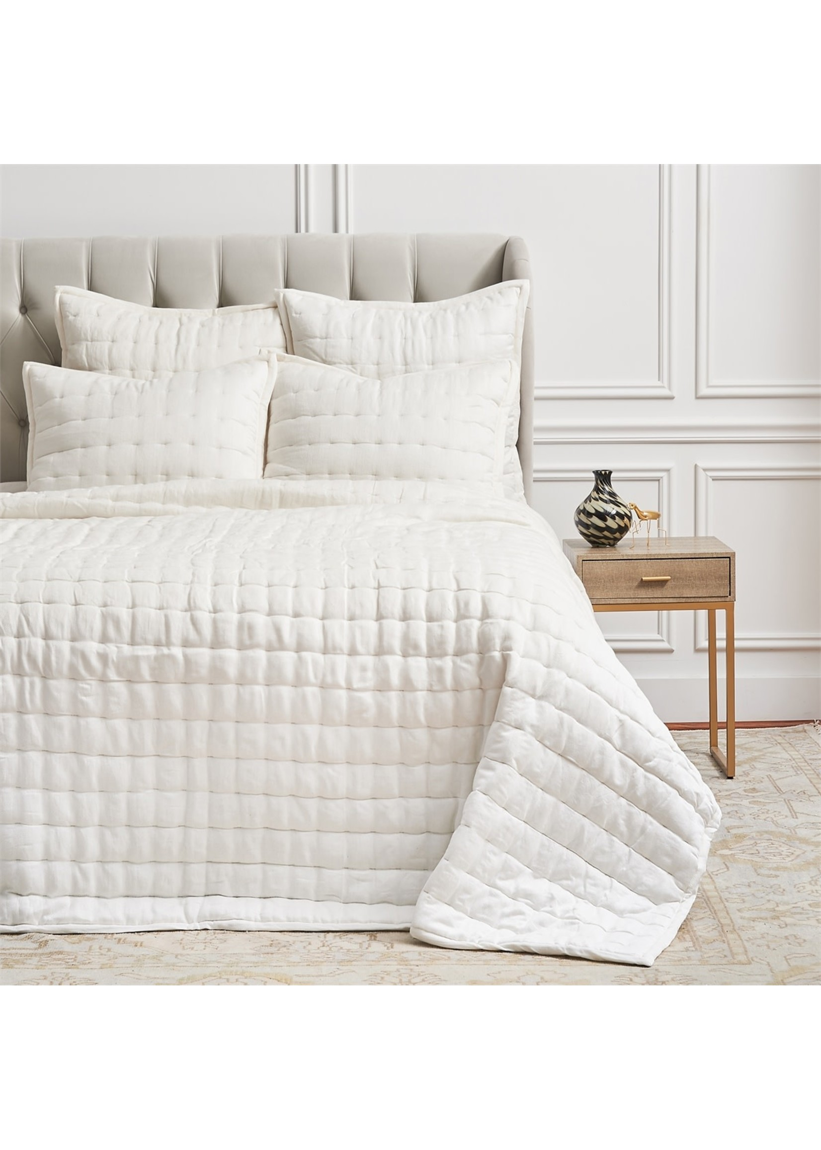 KING, TINSLEY  DOVE QUILT