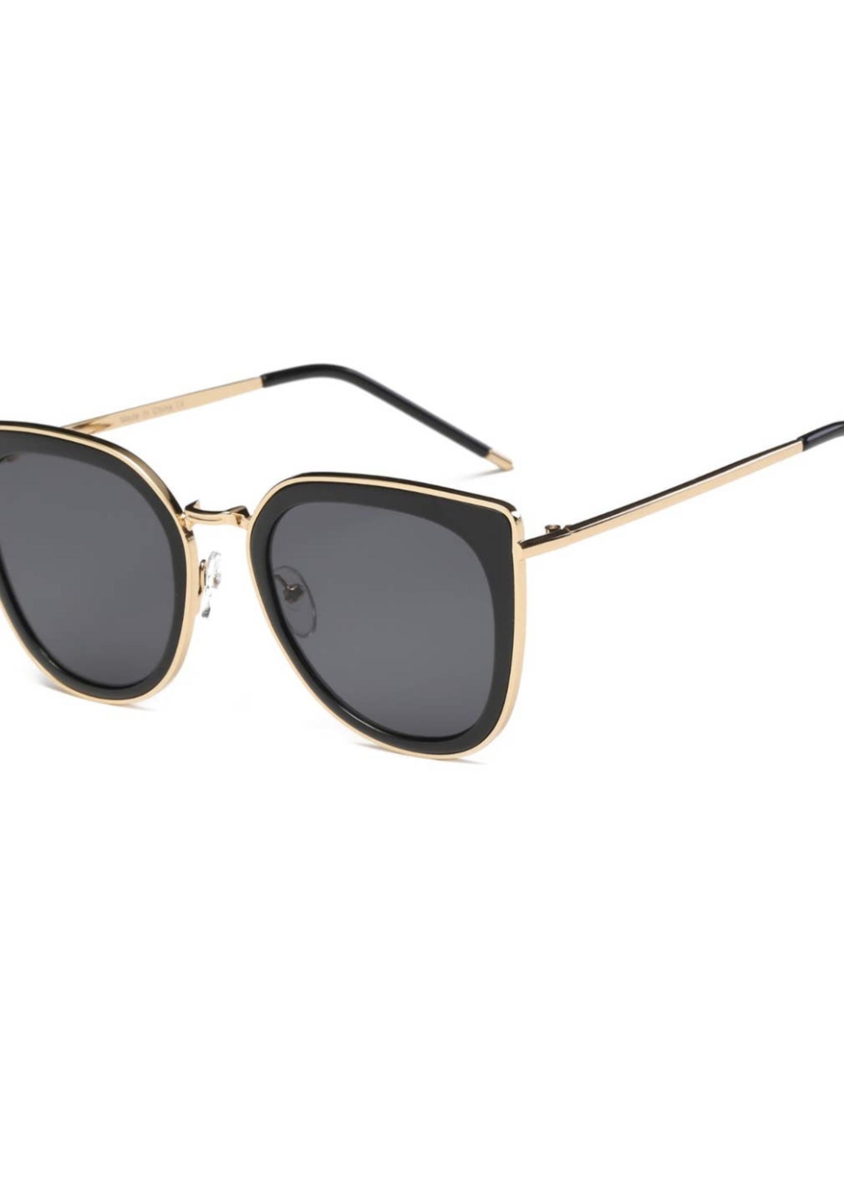 August Avenue Eyewear Manhattan   Metal Frame Sunglasses