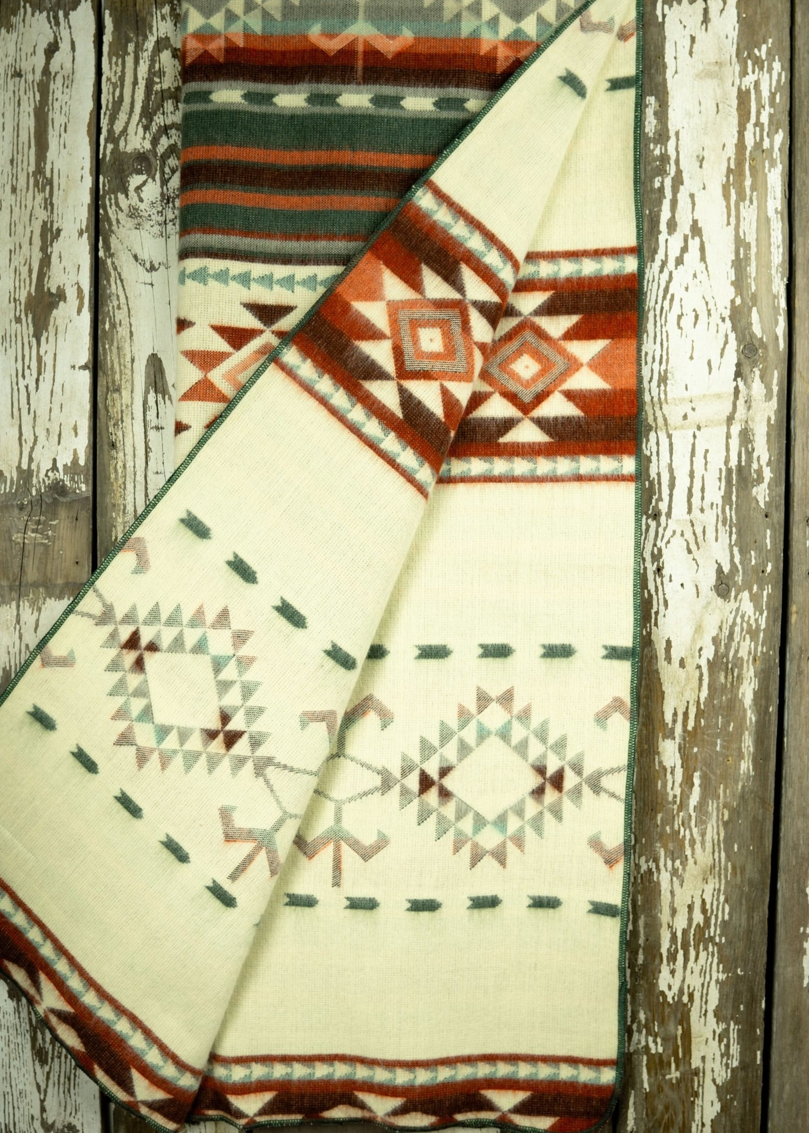 Heartprint Threads Peachy Keen Aztec Blanket | Double