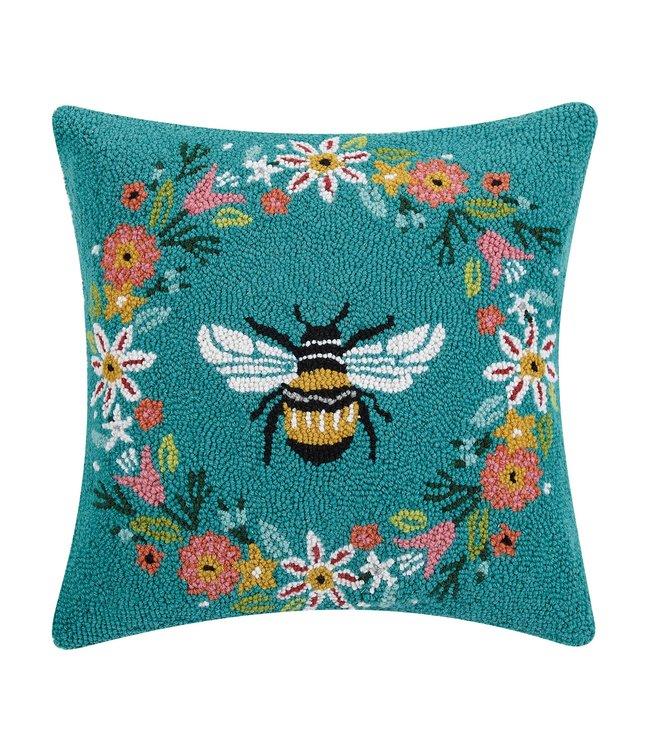 Peking Handicraft Bee Wreath Hook Pillow