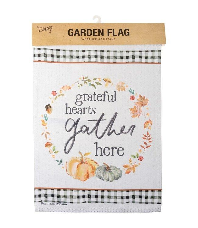 Primitives By Kathy Garden Flag - Grateful Hearts Gather Here