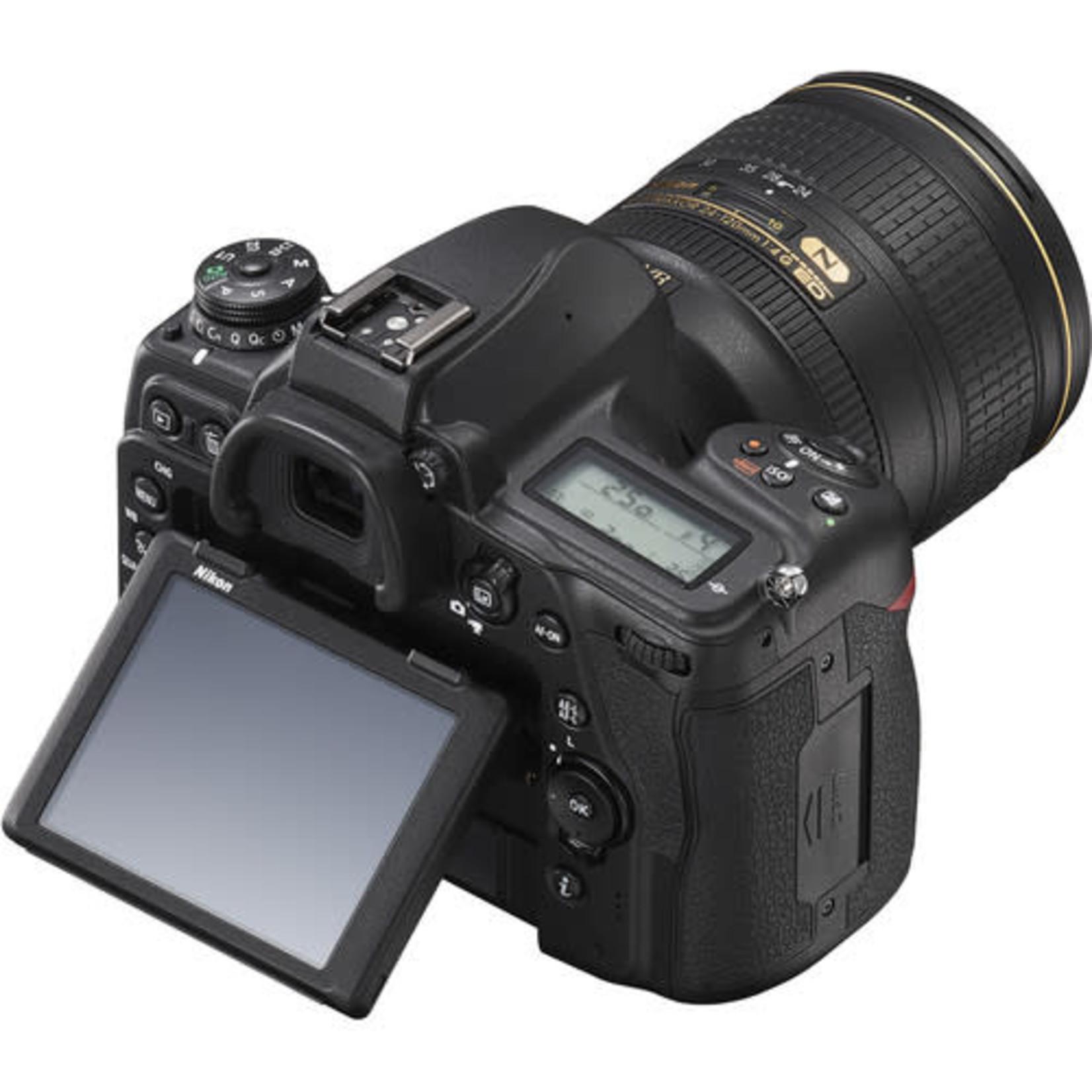 Nikon Nikon D780 DSLR Camera with 24-120mm Lens