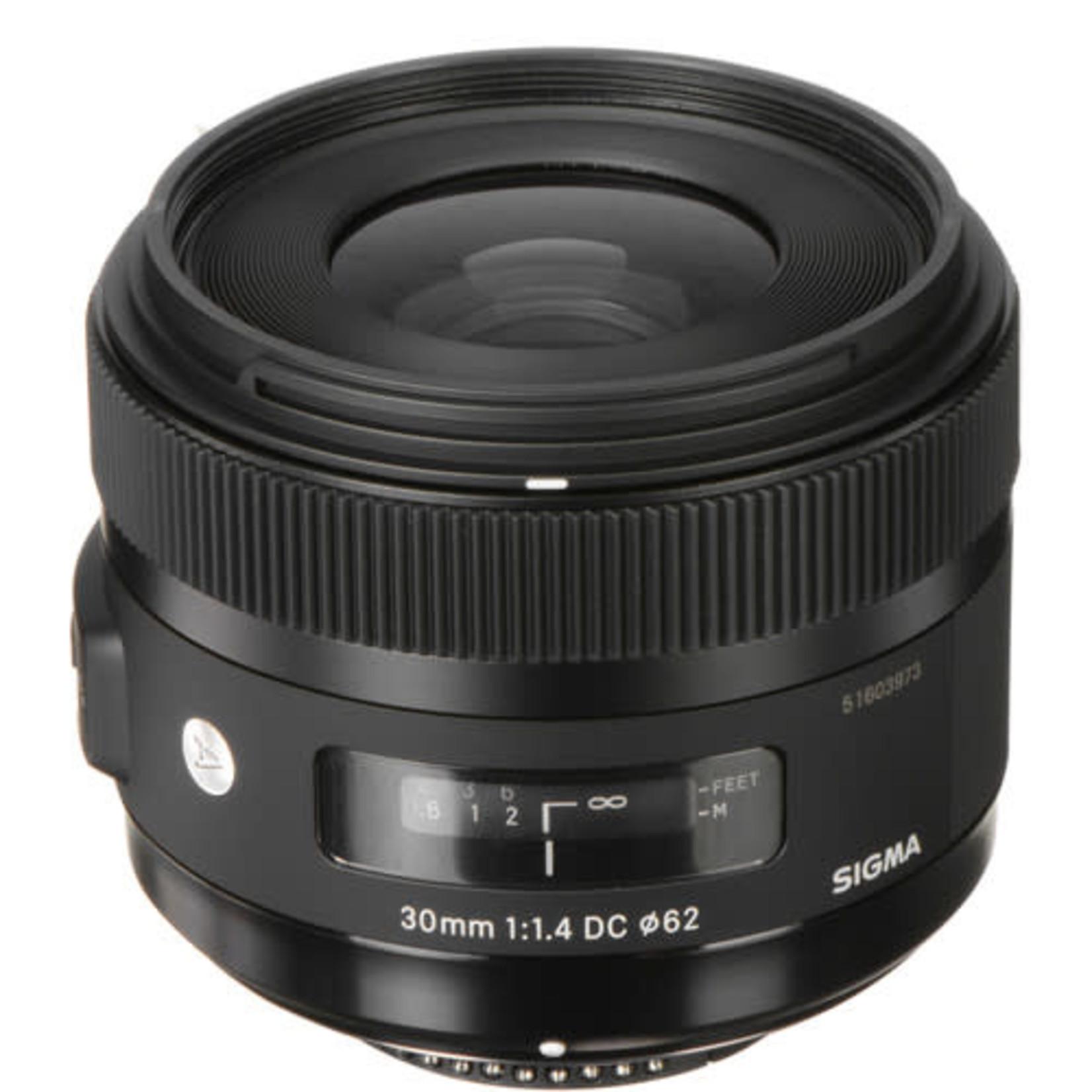 Sigma Sigma 30mm f/1.4 DC HSM Art Lens for Nikon F