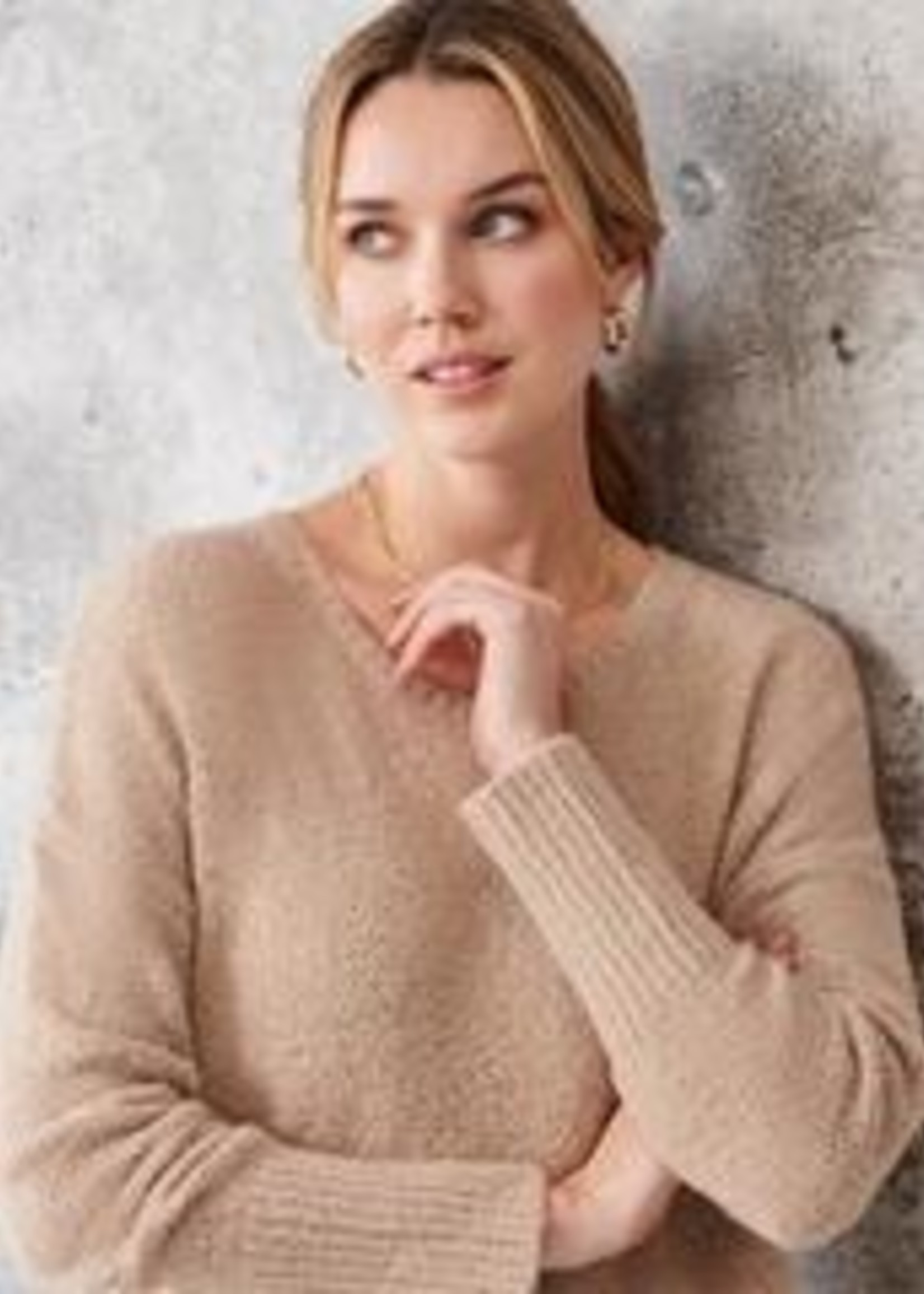 Charlie Paige Sueded Plush Yarn Popover Tunic