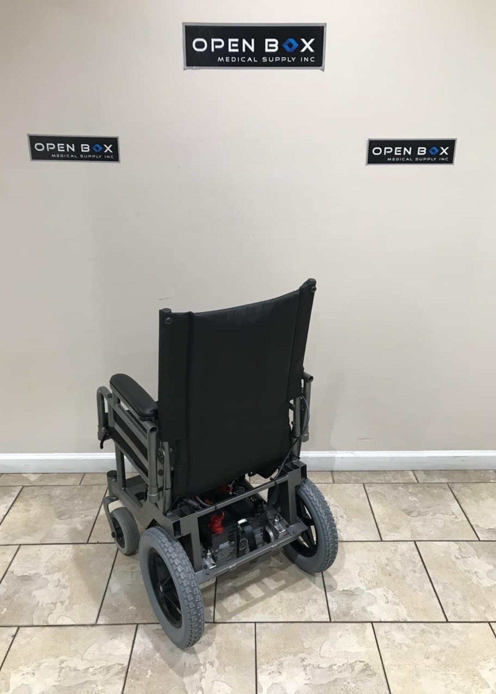 Invacare Invacare Custom Powerchair (Used)