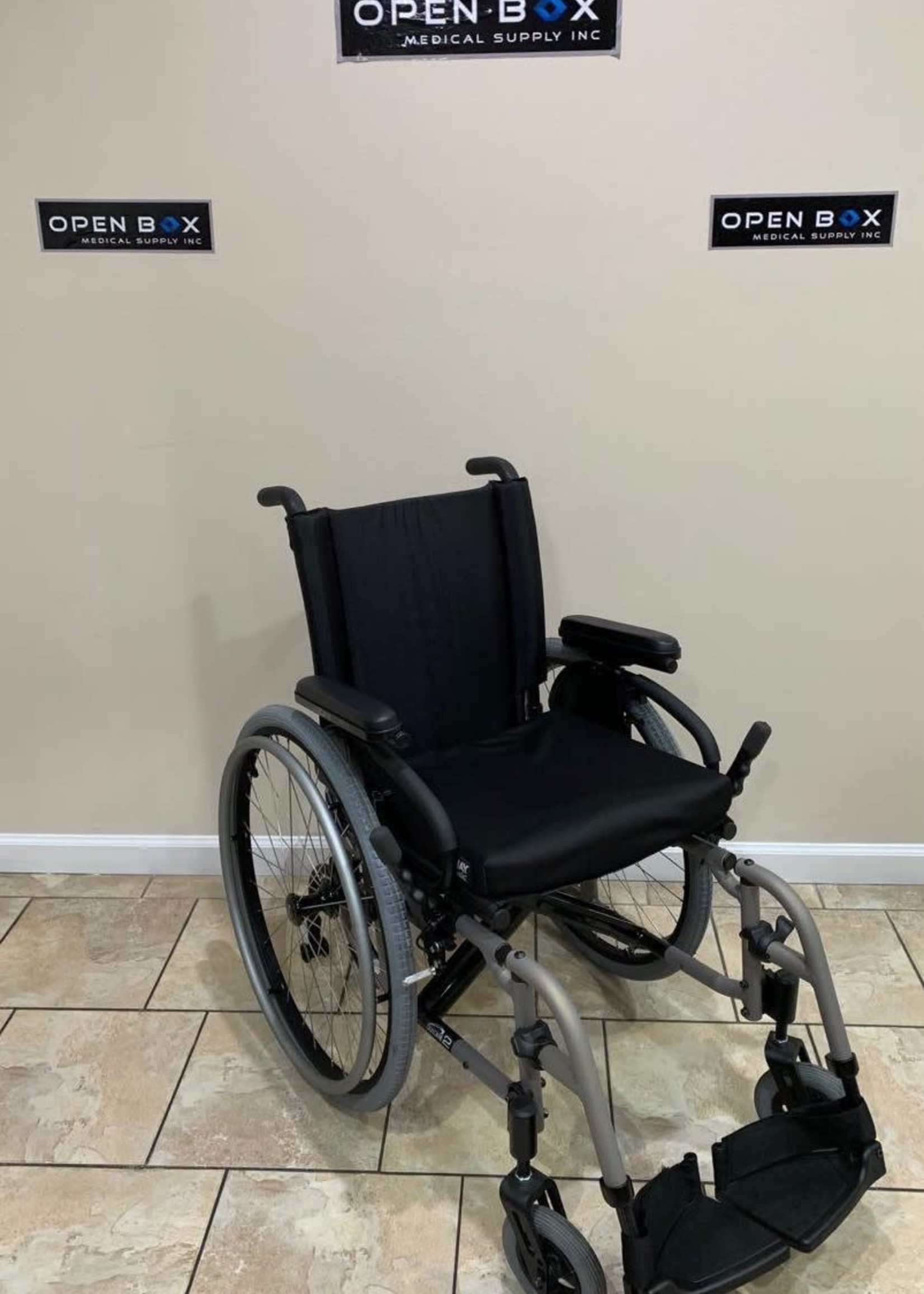 Sunrise Medical Quickie 2 Foldable Ultra Lightweight Wheelchair
