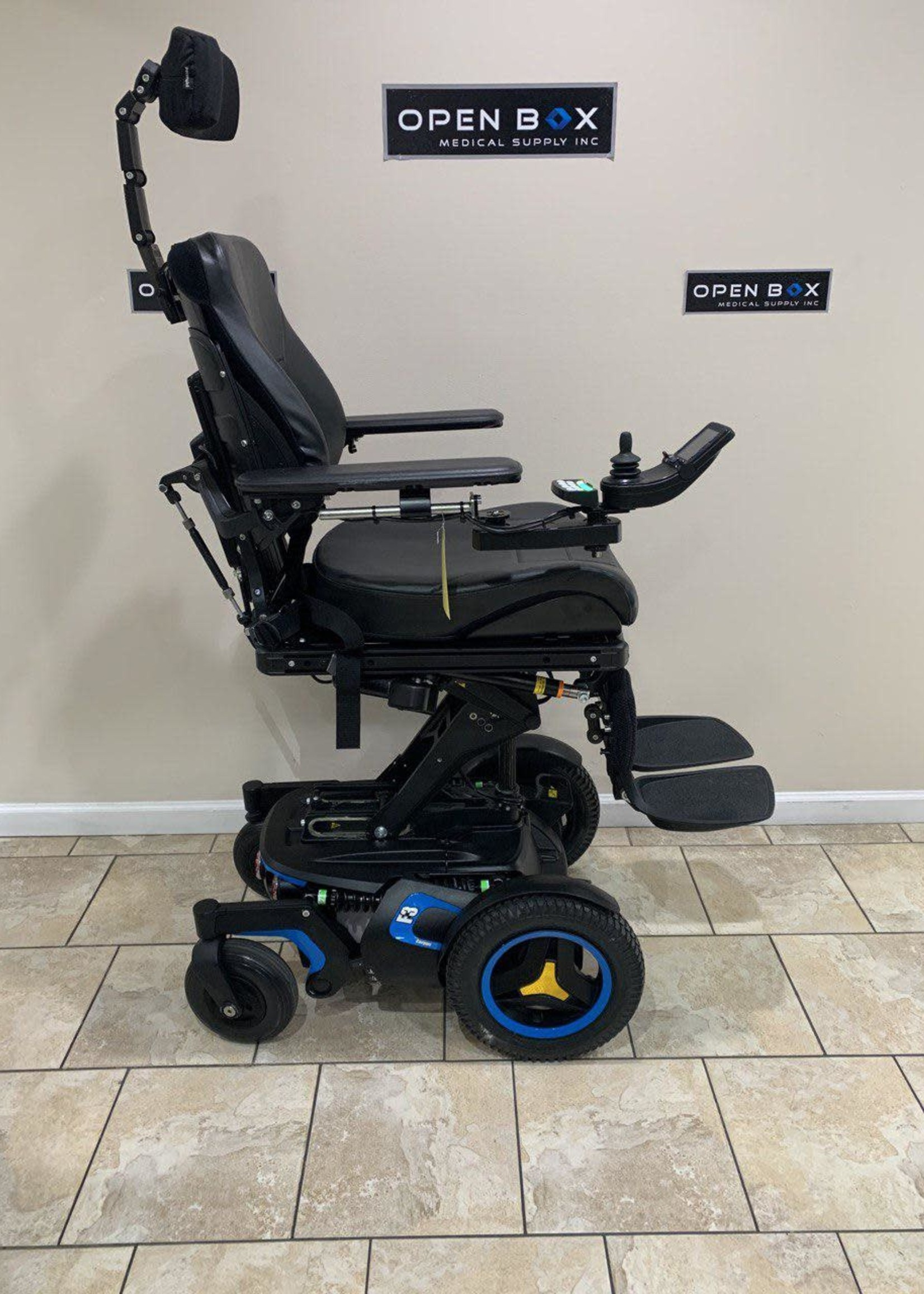 Permobil Permobil F3 Power Chair (Used)